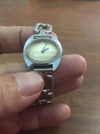 Đồng hồ lên dây thiều nữ tissot