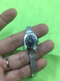 Đồng hồ lên dây nữ orient crystal 21 chân kính