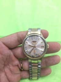 Đồng hồ tự động citizen vương miện 33 chân kính