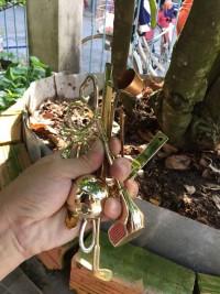 Bộ dụng cụ 7 móm mạ vàng theo hình