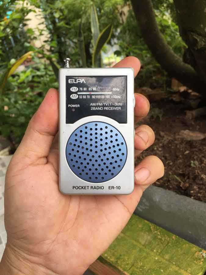 Pocket ELPA radio ER-10